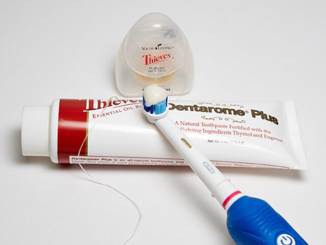 review: YL Thieves Dentarome Plus Toothpaste